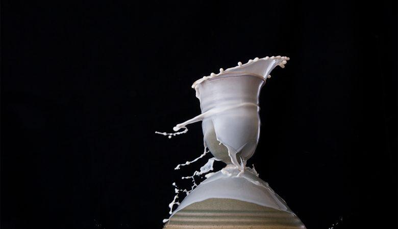 Photographie créative d'une céramique de l'Atelier de La motte.