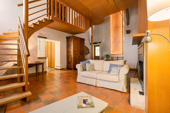 Domaine de La Reculée, photographie d'intérieur du gîte et des chambres d'hôtes. Vue d'ambiance du salon commun des chambres d'hôtes du Domaine de La Reculée